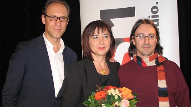 Christian Zeugin (l.) mit Esther Brühwiler und Pippo Pollina.
