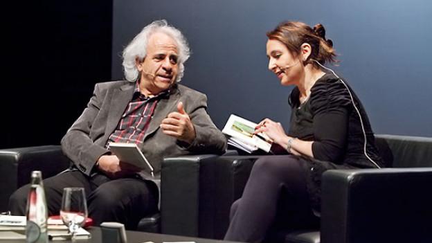 Literaturexperte Hardy Ruoss und DRS 1-Redaktorin Britta Spichiger.