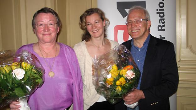 Margrit Meier, DRS 1-Gastgeberin Karin Frei und Gerhard Schroth.