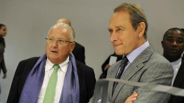 François Fillon, Premierminister Frankreichs (links) und Pierre Keller, Direktor der Kantonalen Kunstschule Lausanne.