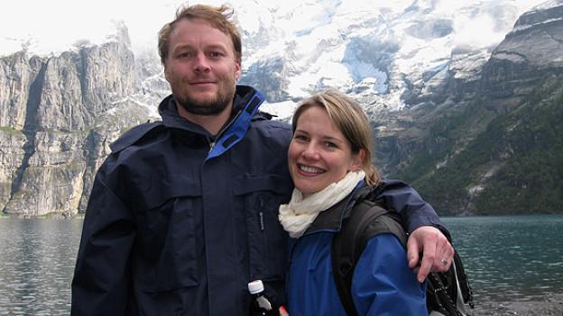Helen Round-Gerber und ihr Mann Matt am Oeschinensee.