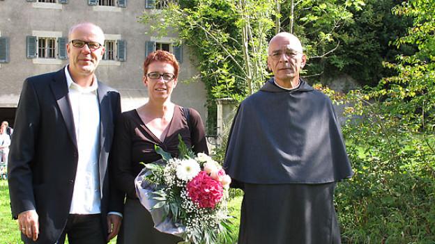 Daniel Hitzig mit der Historikerin Verena Rothenbühler und dem unabhängigen Benediktinermönch Benedikt Wälder.