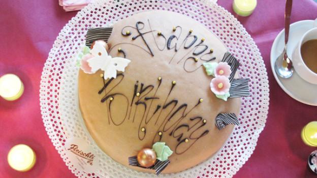 Darf auf keinen Fall fehlen: die Geburtstagstorte!