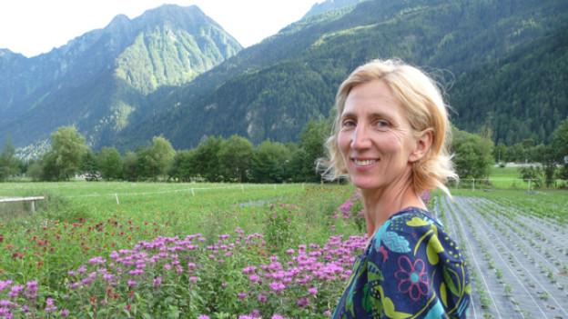 Claudia Lazzarini und ihre Kräuter.