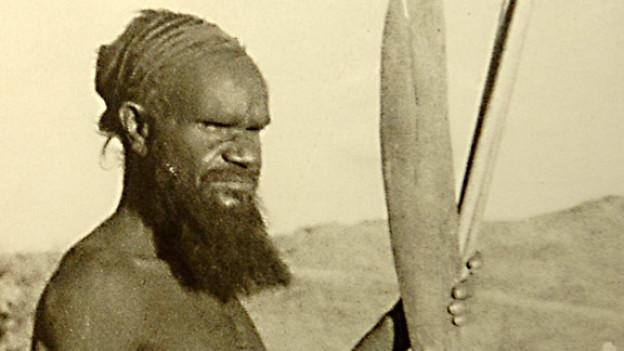 Historische Aufnahme eines Aborigines in Coober Pedy.