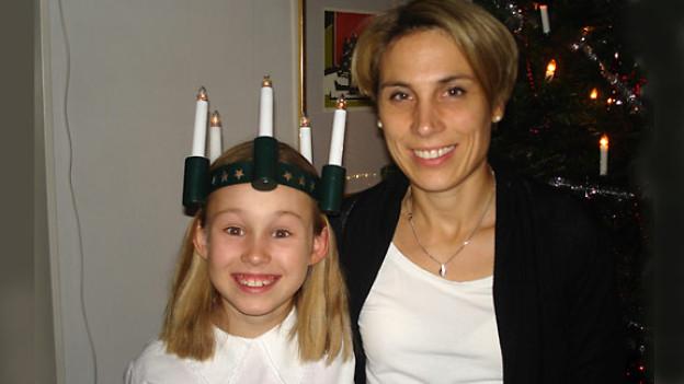 Sylvia Winkel mit ihrer Tochter.