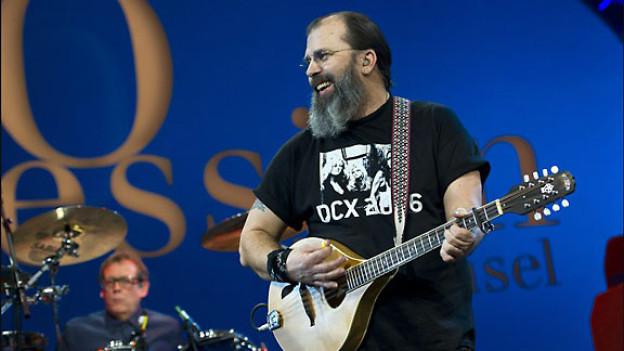 «Steve Earle & the Dukes» an der AVO Session Basel, 2011.