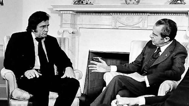 Johnny Cash und Richard Nixon im Weissen Haus, Juli 1972.