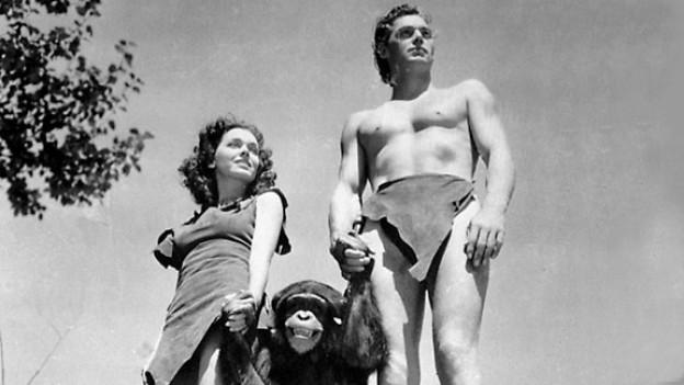 Maureen O'Sullivan als Jane, Cheetah der Schimpanse und Johnny Weissmüller als Tarzan in einer Filmszene aus «Tarzan the Ape Man» im Jahr 1932.