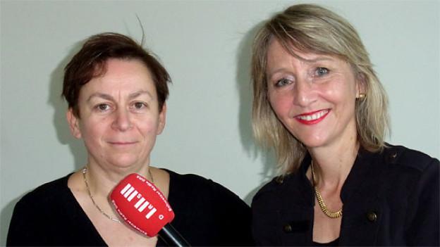 Die irische Bestseller-Autorin Anne Enright mit Luzia Stettler.