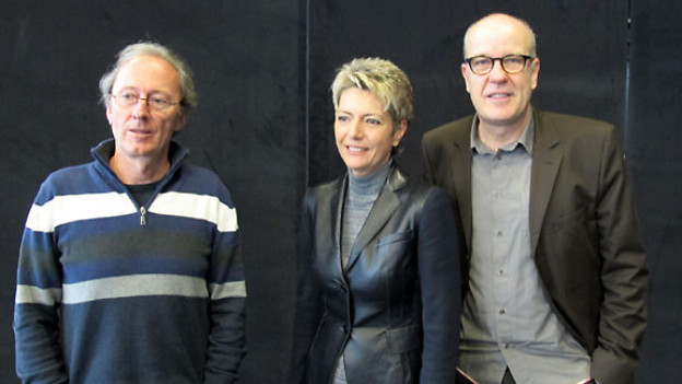 Hans Fässler, Karin Keller-Sutter und DRS 1-Gastgeber Daniel Hitzig.