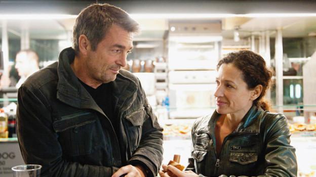 War mit dem «Tatort» zufrieden: Stefan Gubser (mit Film-Partnerin Delia Meyer, in einer «Tatort»-Szene).