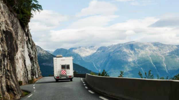 Ferien in Aussicht? Zur richtigen Vorbereitung gehört auch das Vorbeugen der Reisekrankheit.