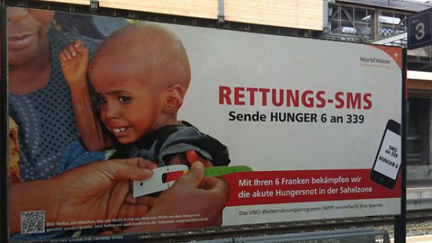 Ein emotionales Bild, das zum Spenden motivieren soll.