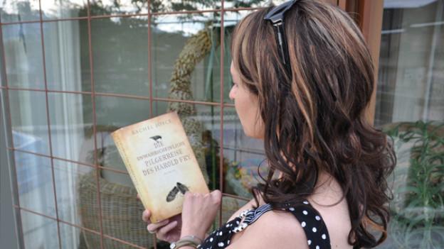 Britta Spichiger über Rachel Joyces Erstling: «Die Geschichte über Harold ist ein unterhaltsamer, wunderbar poetischer Roman.»