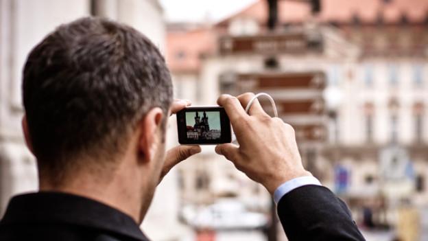 Von Jung bis Alt: (Fast) alle fotografieren regelmässig und erfreuen sich an den bildhaften Erinnerungen.