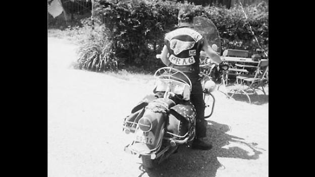 Petr Les auf seiner Harley vor 44 Jahren.