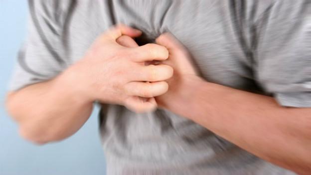 Viele Patienten kontaktieren erst den Hausarzt, anstatt direkt den Notruf zu alarmieren und verlieren so wertvolle Zeit.