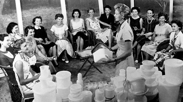 Tupperwareparty im Jahr 1958.