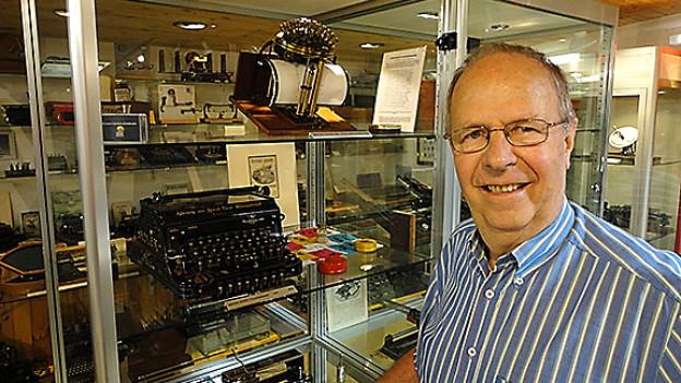 Ein Mann, eine Leidenschaft: Stefan Beck «jagt» seit mehr als 40 Jahren mechanische Schreibmaschinen.