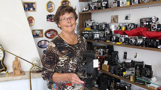 Die stolze Sammlerin Verena Lebert.