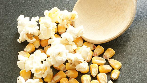 Popcorn kann man auch ganz einfach selber machen.