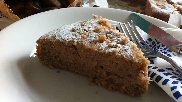 Aus Maroni lässt sich zum Beispiel dieser feine Kuchen backen.