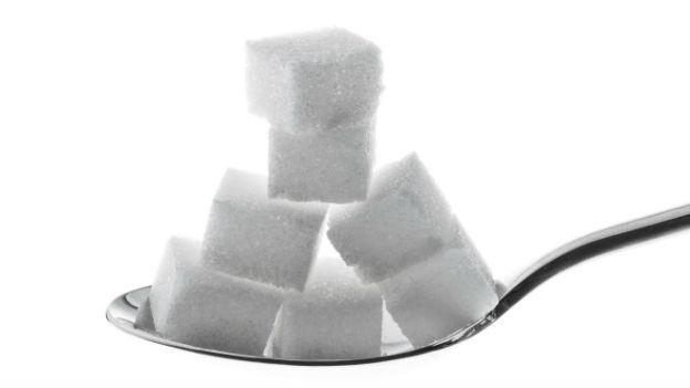 Vor allem der versteckte Zucker in Joghurts, fertigen Müeslimischungen, «zuckerfreien» Fruchtsäften und Süssgetränken ist hinterhältig.