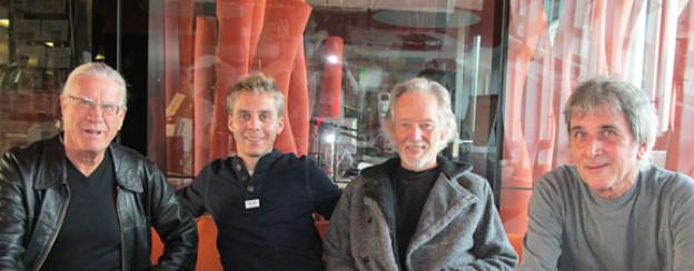 Im DRS 1-Studio: Toni Vescoli, Reto Scherrer, Klaus Voormann und Christoph Alispach.