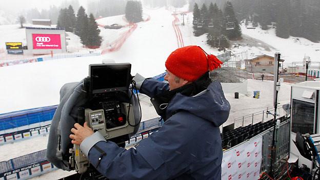 Wind, Nebel oder Schnee - die Kameraleute stehen immer bereit.