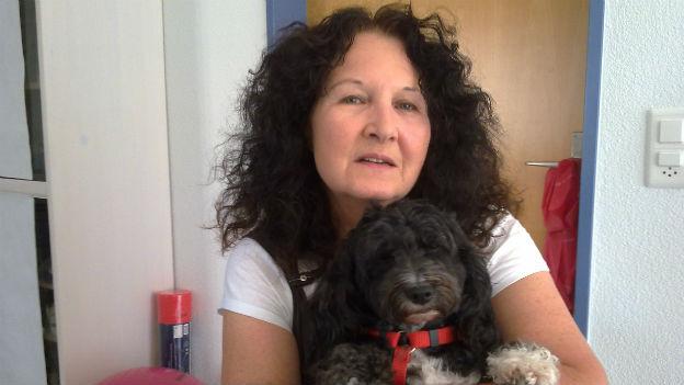 Christine Quiblier hat nach dem Mord an ihrer Tochter und an ihren Enkeln wieder Lebensmut gefunden. Nicht zuletzt auch dank ihrer Hündin Zara.