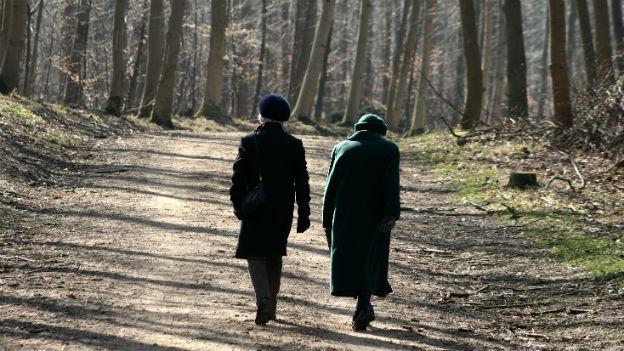 Niedergeschlagenheit: Ein kurzer Spaziergang an der frischen Luft kann Wunder wirken.