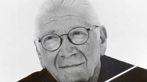 Jerry Goldsmith starb 2004 in Beverly Hills, Kalifornien an Krebs.