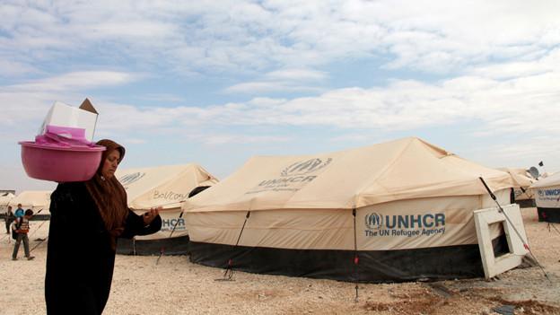 Syrische Frau im Flüchtlingslager in Jordanien.