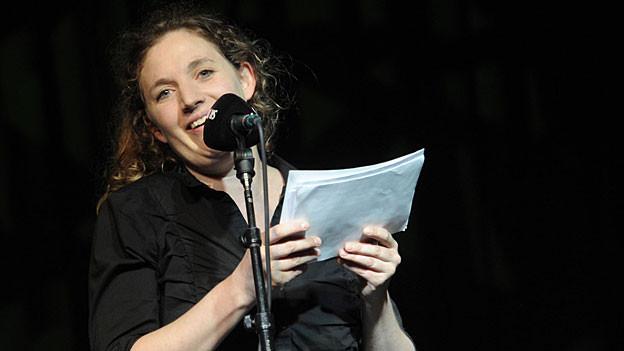 Die Spokenword-Literatin und «Zytlupe»-Autorin Stefanie Grob