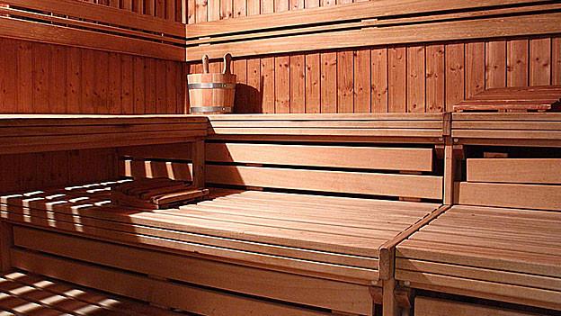 wie gesund ist die sauna ratgeber srf. Black Bedroom Furniture Sets. Home Design Ideas