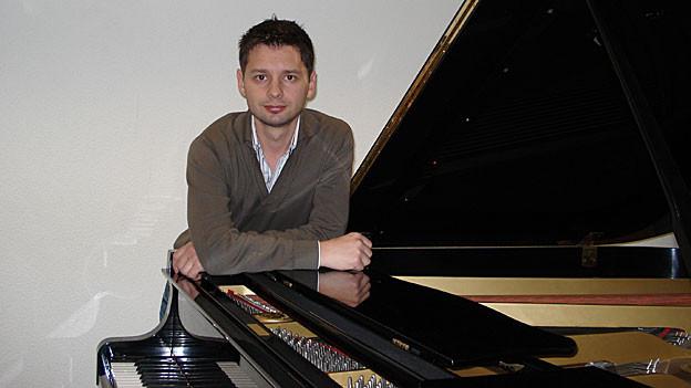 Das Klavier hat Roman Tuleis Leben von klein auf bestimmt.