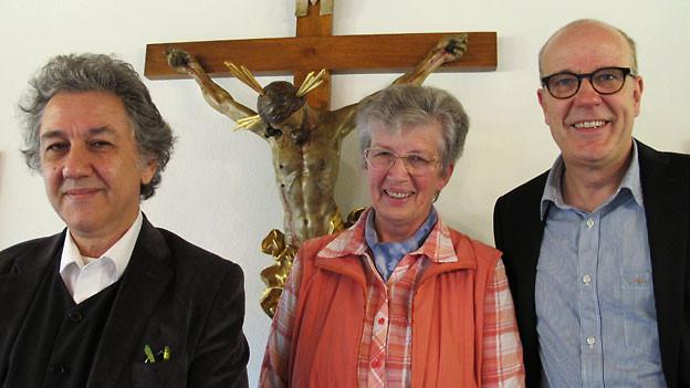 Georg Darvas, Rita Budmiger und Gastgeber Daniel Hitzig.