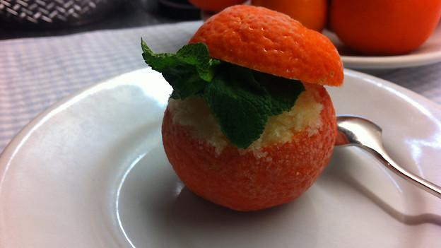 Erfrischend-fruchtig: Geeiste Mandarinen.