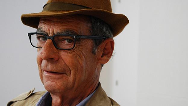 Conradin Perner, Literaturprofessor und Abenteurer
