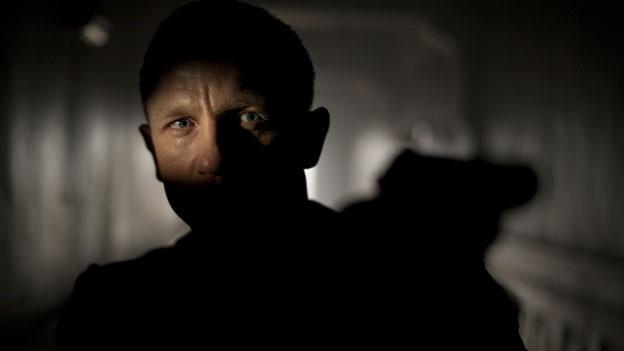 James Bond ist zurück - und wieder nicht besonders gut gelaunt.