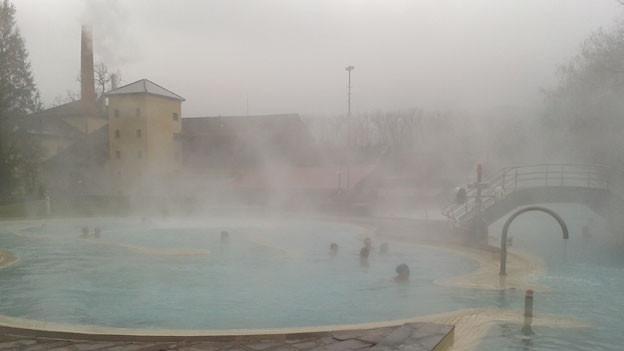 Das schönste am Winter: baden im heissen Thermalwasser!