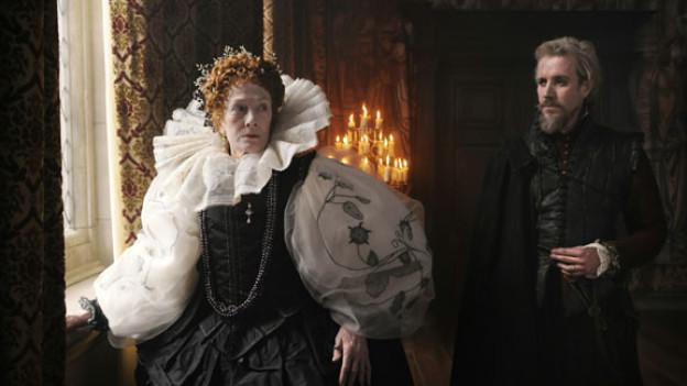 Lichtsetzung wie auf Gemälden von alten Meistern: Queen Elizabeth I. (Vanessa Redgrave) und Edvard de Vere (Rhys Ifans).