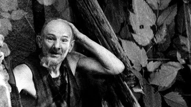 Der Sonderling Armand Schulthess im Tessin auf einer alten Fotografie.
