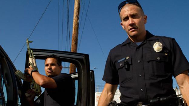 Michael Peña (links) und Jake Gyllenhaal brillieren im Wettbewerbsfilm «End of Watch».