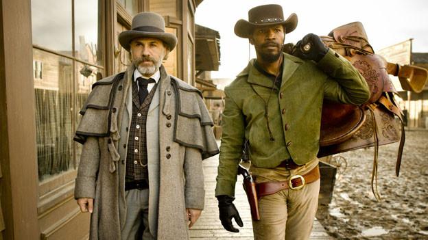 Dr. King Schultz (Christoph Waltz, links) und Django Freeman (Jamie Foxx) schiessen sich durch Tarantinos Wilden Westen.