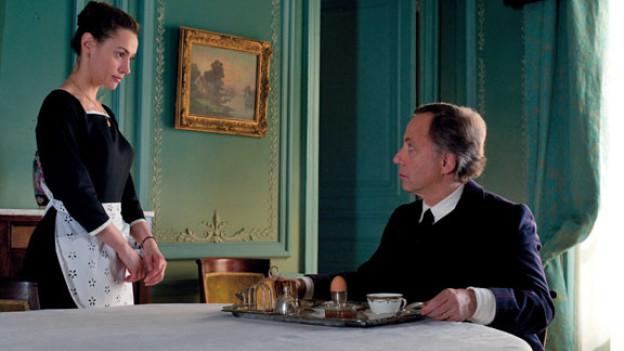 Knuspert da vielleicht mehr als nur der Frühstückstoast? María Gonzales (Natalia Verbeke)  und Jean-Louis Joubert (Fabrice Luchini).