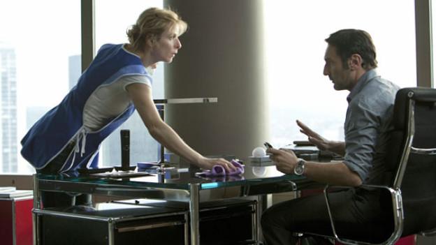 Als Haushälterin von Steve (Gilles Lelouche) erhält France (Karin Viard) einen Einblick in die Hochglanz-Welt der Reichen.