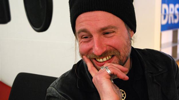 Christian Glanzmann mit Charme und Schalk im DRS 3-Studio.