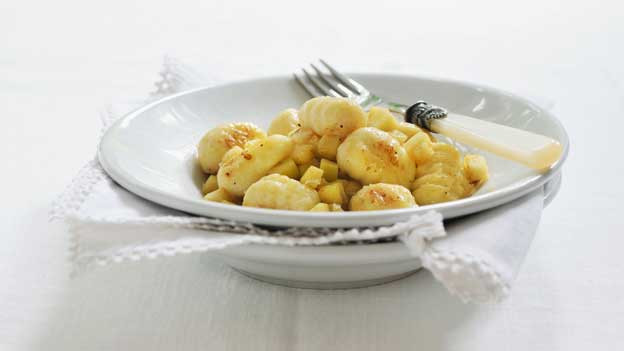 Keinen Zungenbrecher, sondern Auf-der-Zunge-Schmelzer: die Gnocchi mit Zedrat-Zitrone.